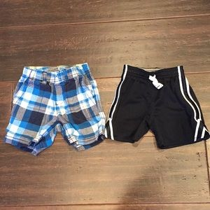 Boys carters 18 month shorts